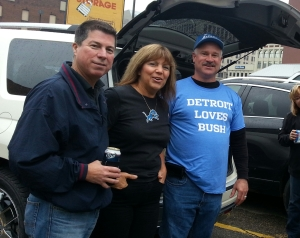 Detroit Loves Bush Reggie NFL Lions Tailgate Football